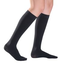 Sigvaris TFS 701 Κάλτσες Ιατρικές Διαβαθμισμένης Συμπίεσης Κλάση 1 (18-21 mmHg) Κάτω Γόνατος Κλειστά Δάκτυλα Μαύρο