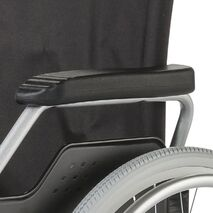 Χειροκίνητο αναπηρικό αμαξίδιο Budget II της Meyra